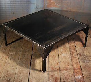 table basse industrielle acier