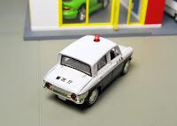 Tomica Limited Vintage   Mazda Carol patrol car