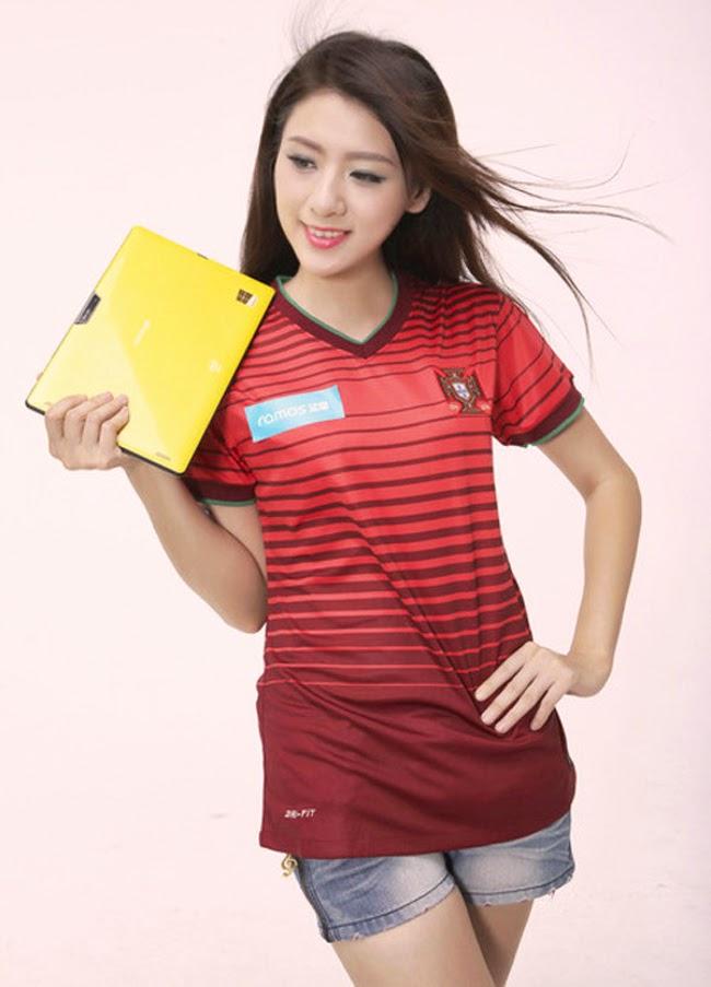 Đội hình công nghệ sexy chào World Cup 2014
