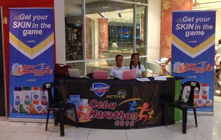 Cebu-Marathon-2014-Ayala-Registration-Booth