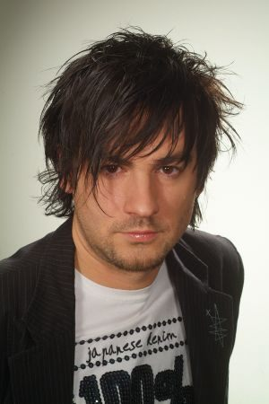 emoo fashion latest hairstyle for men 2012