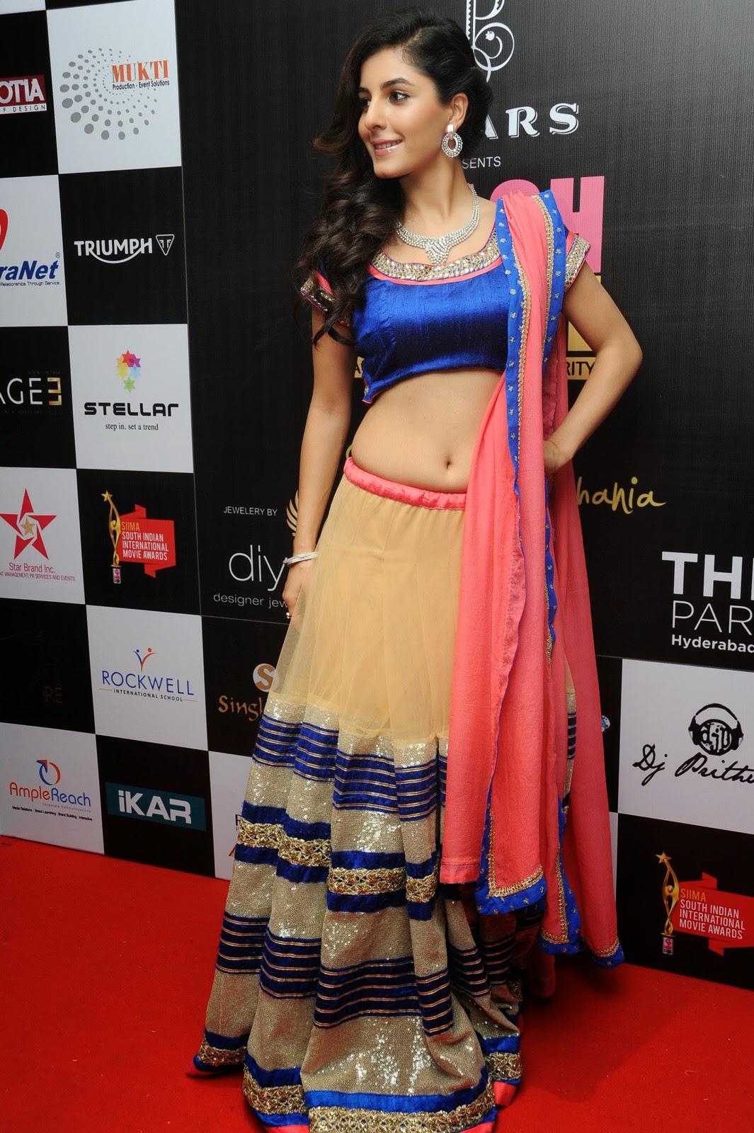 Isha talwar latest glam pics-HQ-Photo-14