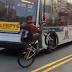 CCTV: Pengendara Sepeda Ngebut Dengan Satu Roda Belakang [Video]