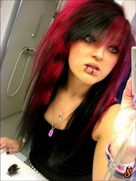 7 Must Haves For An Emo Girl How To Emo Life Styles