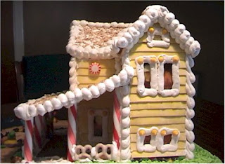 Heceta Beach Gingerbread House by Loreta Wilson (Ultimate Gingerbread)