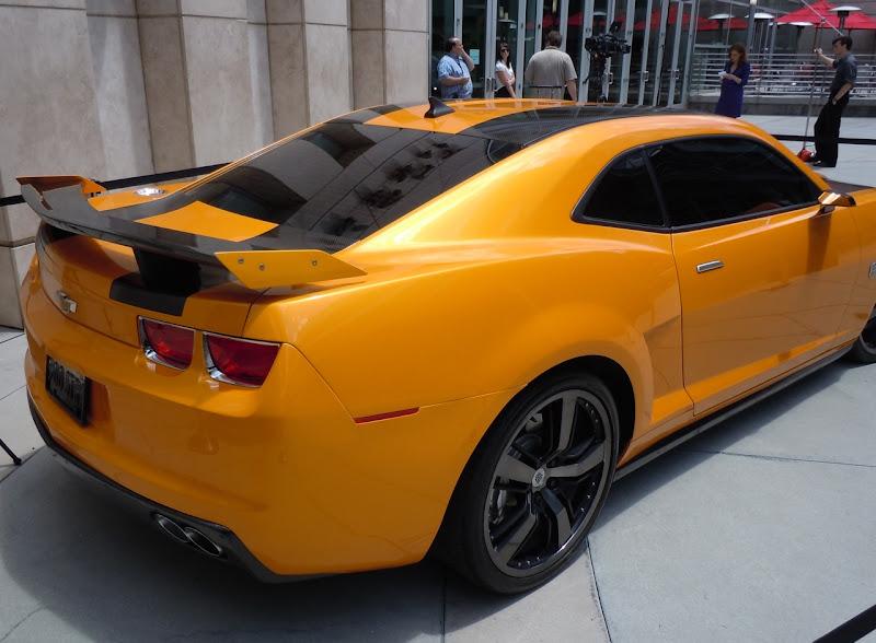 Transformers 3 Bumblebee Camaro trunk