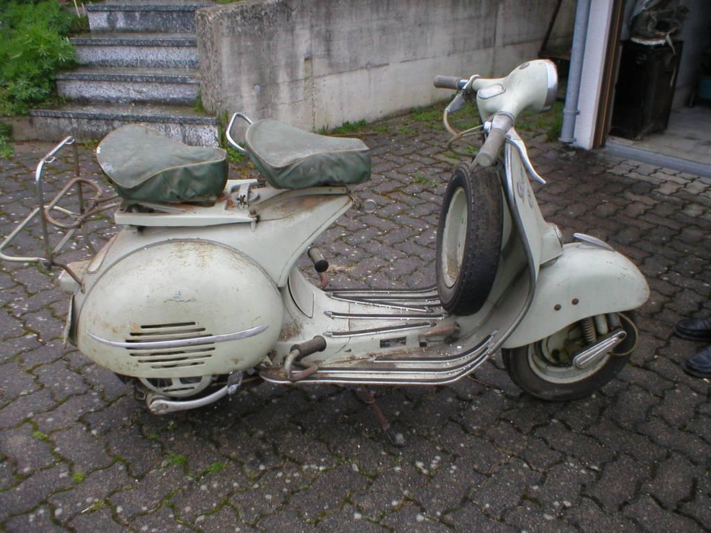 Vespa 125 V30T – V33T 1951 title=