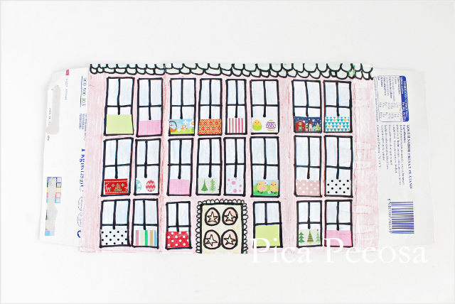 tutorial-como-hacer-casa-muñecas-con-carton-reciclado-packs-yogures-diy-paso-cuatro