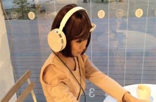 Headphone Cerdas Neurowear Putar Lagu Sesuai Mood Anda
