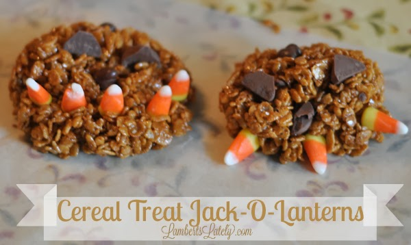 A fun (and edible!) Halloween craft for toddlers! http://www.lambertslately.com/2013/10/crafting-for-holidays.html