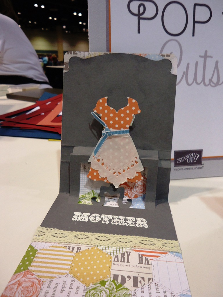 Stampin' Up! Pop 'n Cuts Dress Form Die Card Sample