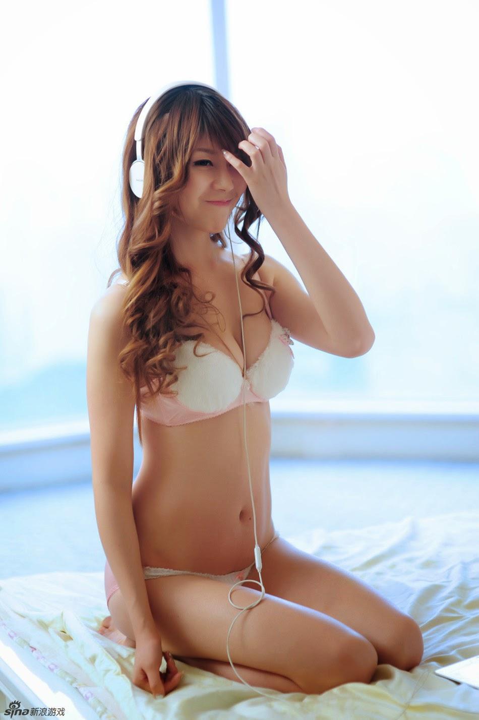 hinh bikini girl dep