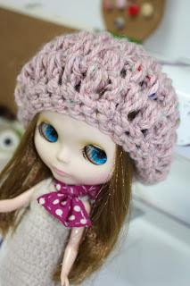 Taller ropa de muñecas con crochet o ganchillo