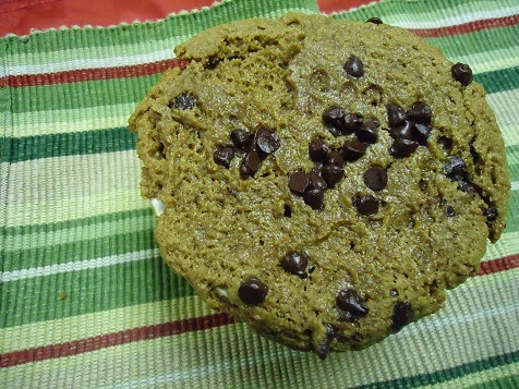 Heavenly Homemakers: Chocolate Chip Peanut Butter Cake