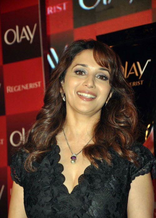 madhuri dixit in black event shoot hot photoshoot