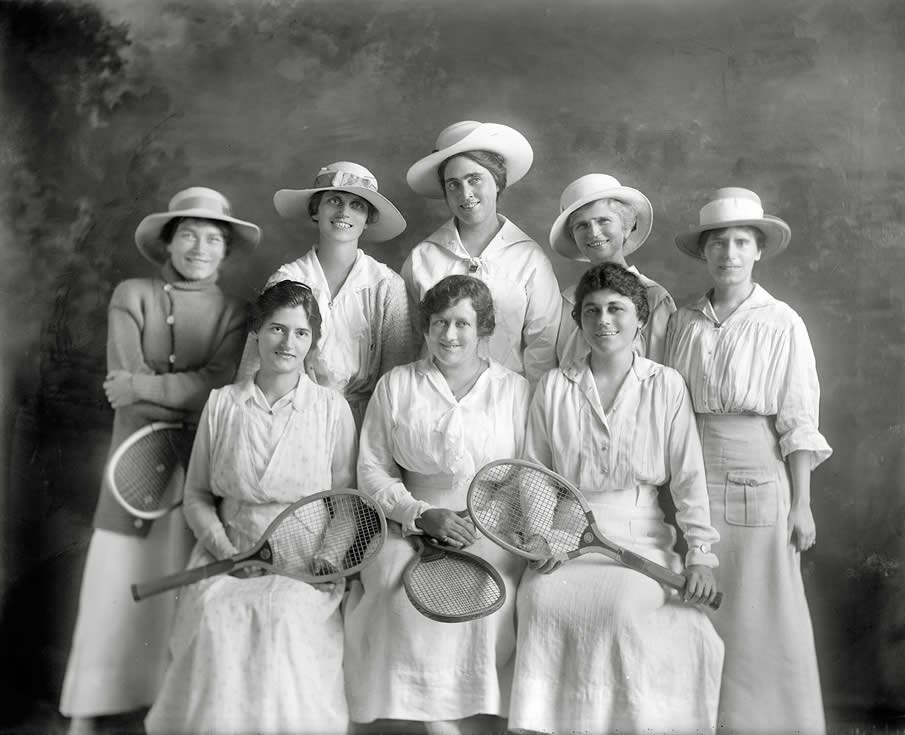 Equipo femenino de tenis 1915