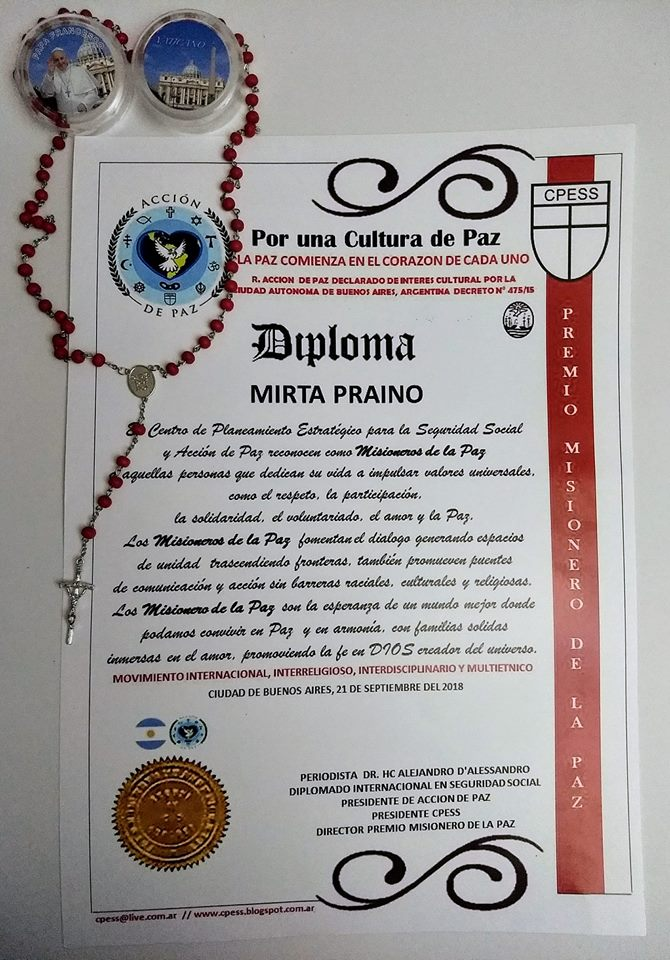 Nuestra Presidente Mirta Praino recibio el Premio Mensajera de la Paz