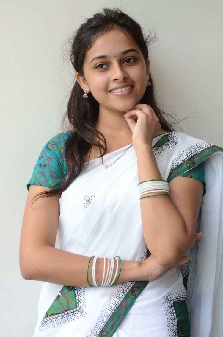 Sri divya gorgeous in white saree