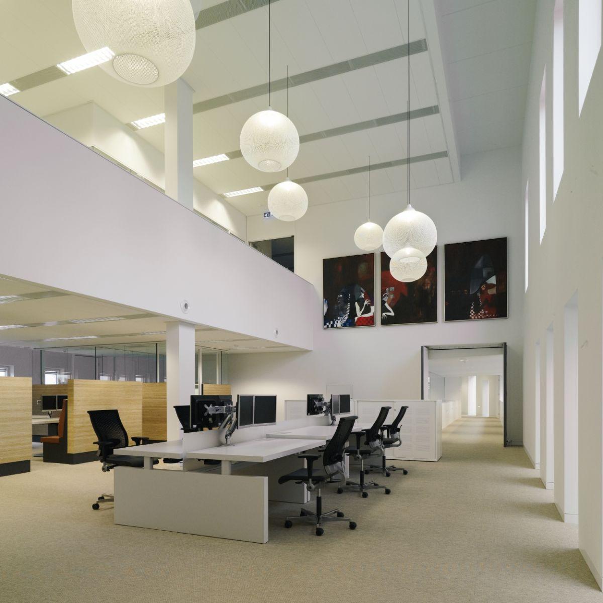 Charmant NONRANDOM Lights Used As Office Lighting For Overhead Desk Lighting, White