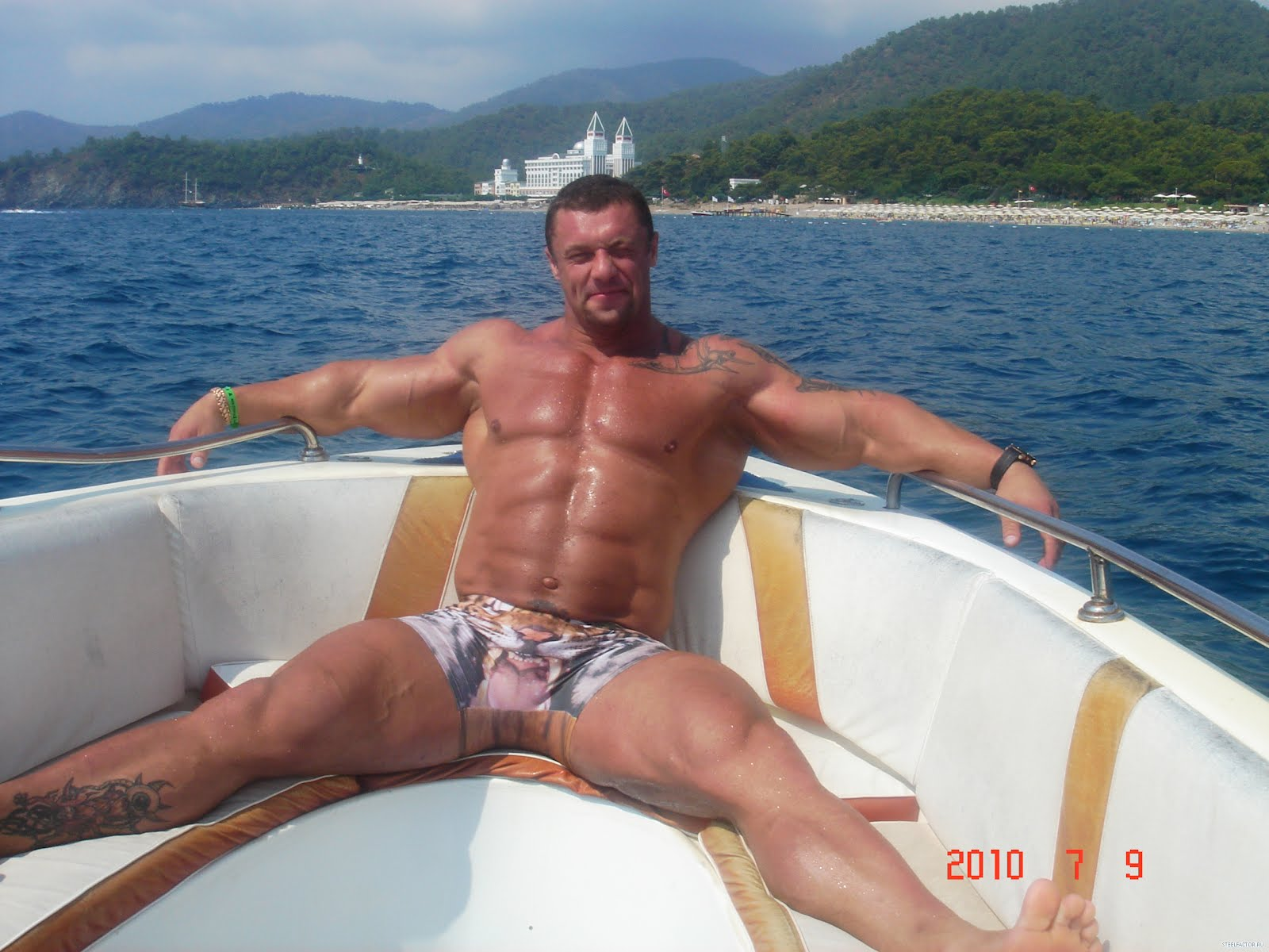The clean Free Videos Of Gay Mature Men guys Just curious anyone