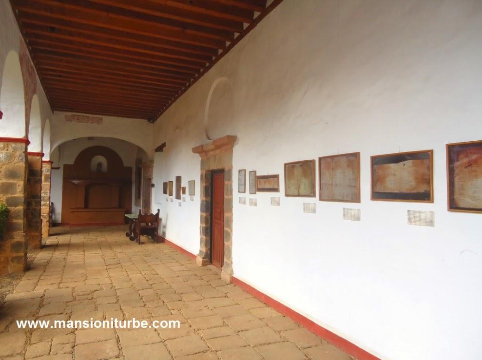 Códice del Grupo Huapean, serie de fotos en la exposición Códices y Lienzos de Michoacán