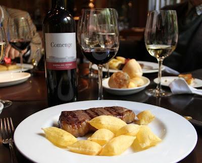 Carne en el restaurante Rubaiyat Blog Esteban Capdevila