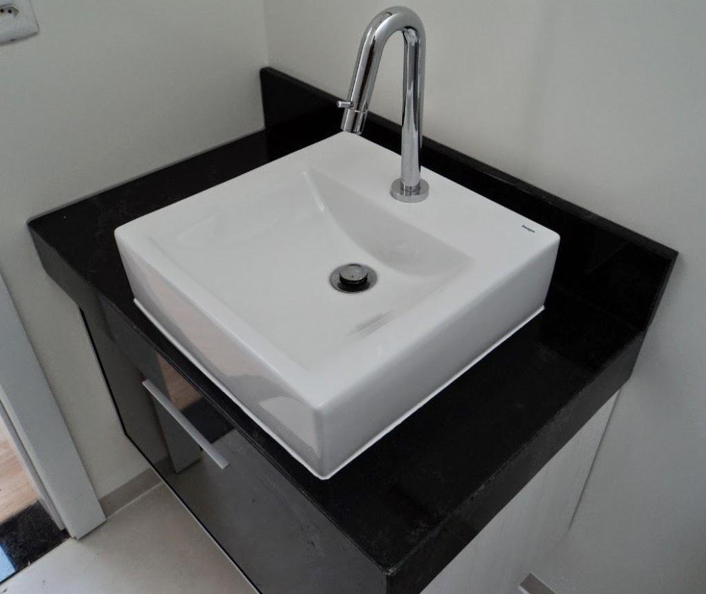 em granito lavatório em granito balcão em granito ornamental #756056 1024x862 Banheiro Com Granito Ornamental