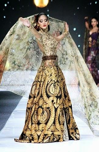 kebaya pengantin warna emas