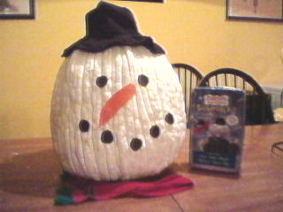 Need pumpkin decorating ideas? Okay, he's not a recycled pumpkin just a leftover - Make a Snowman Jack-o-lantern