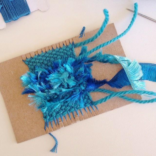 http://thecraftymummy.com/2015/04/mini-weaving-project/