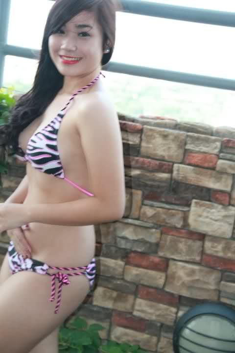 hot asians in bikini photos 01