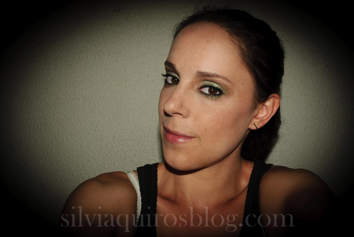 http://3.bp.blogspot.com/-HgThwfS2BiY/UFFBc5WImvI/AAAAAAAARjQ/-Ke-uub3QPA/s1600/scarlett+johansson+verde3.jpg