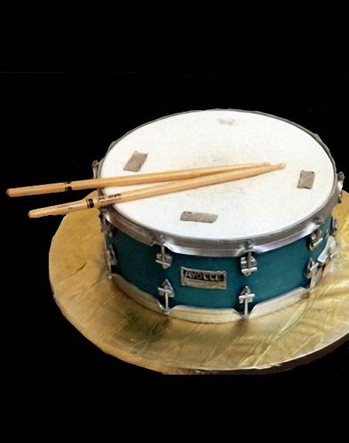 06-drum-cake-Mikes-Amazing-Cakes
