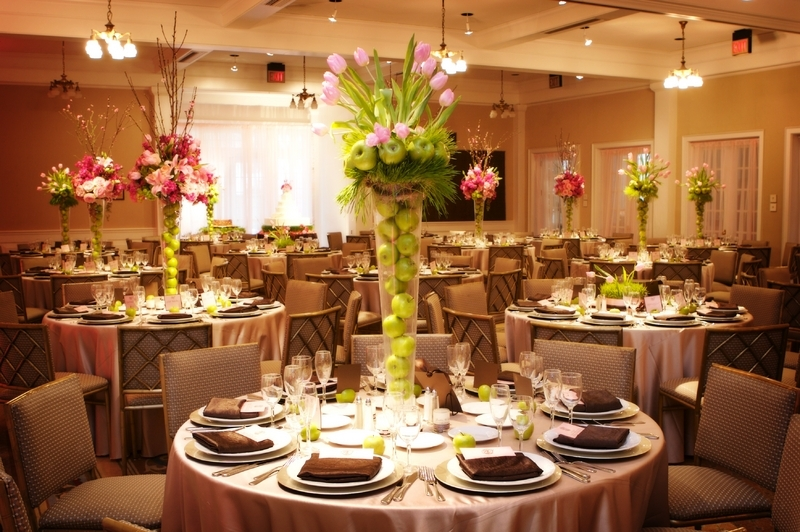 Fruits and Flowers Centerpieces Inspiration
