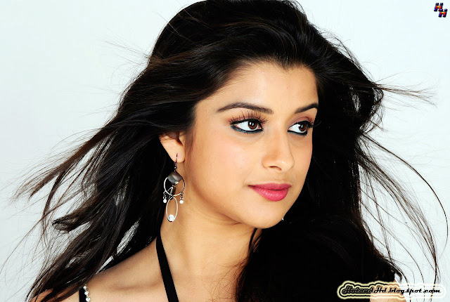 Madhurima banerjee hot and best wallpapers downloads 2013
