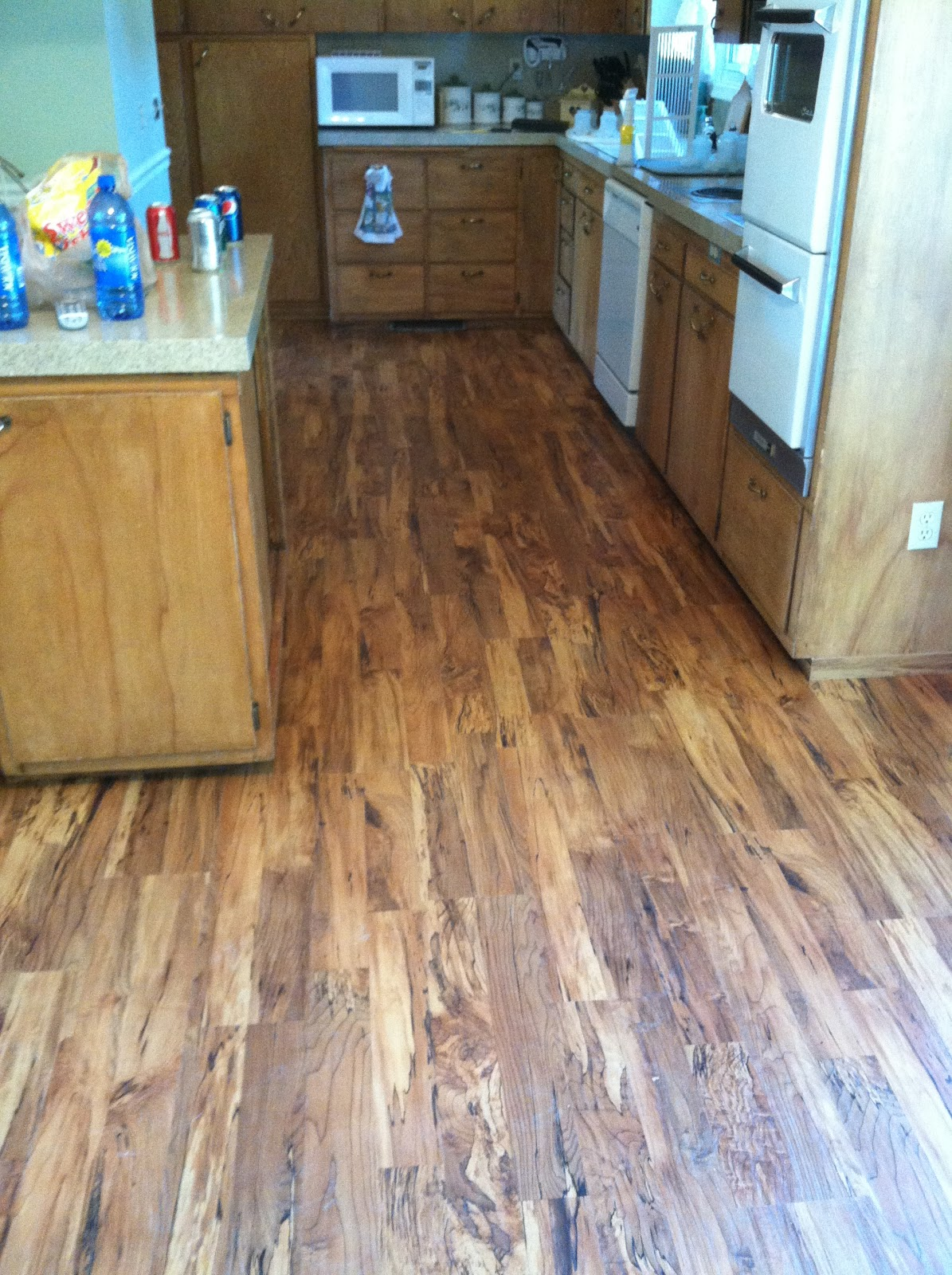 Spalted Maple Honey Laminate Floor