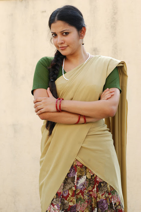 shivada nair half saree @ nedunchalai movie photo gallery