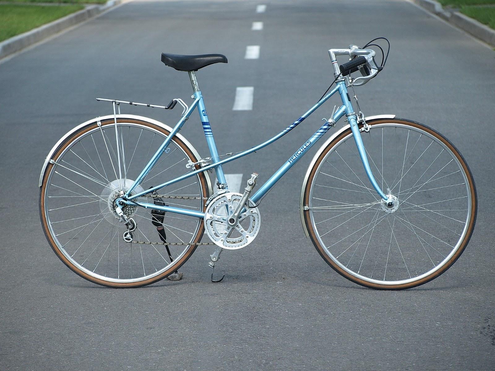 bicicleta vesela biciclete clasice hercules city bike. Black Bedroom Furniture Sets. Home Design Ideas