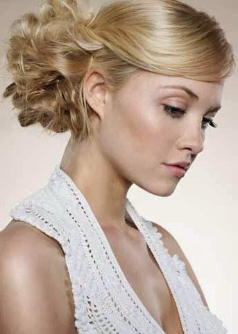 Haaropsteken- Eenvoudig zelf opsteek kapsels leren maken