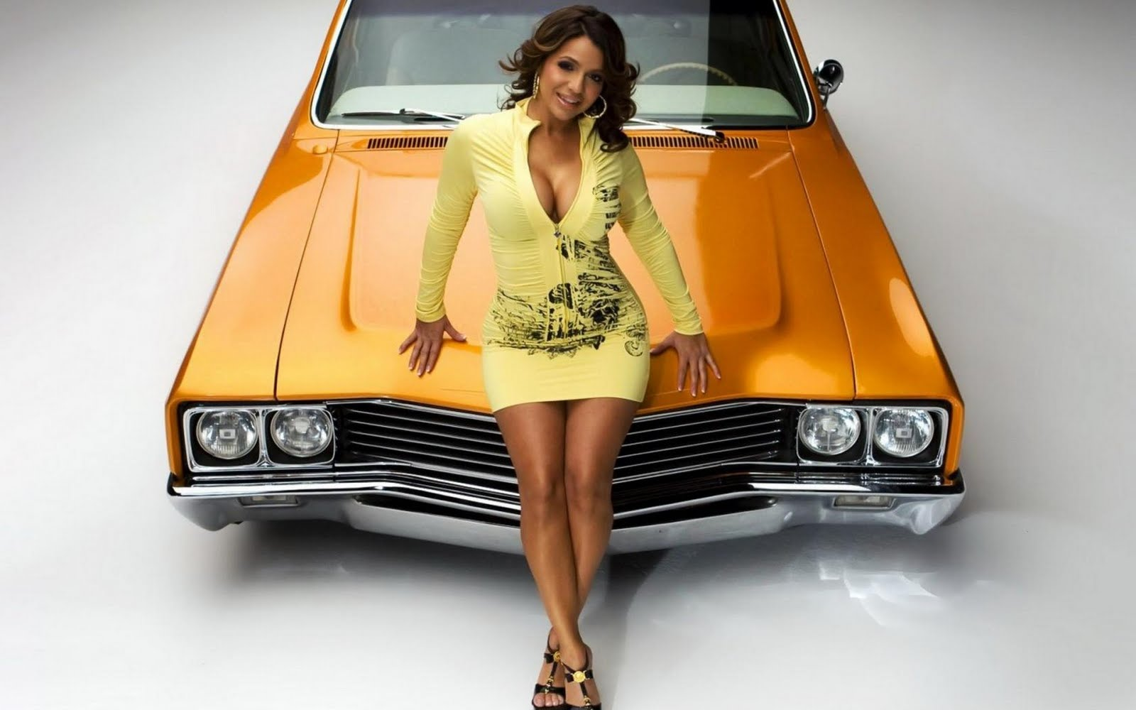 sexy girls and classic cars   gallery cars art cars automotive