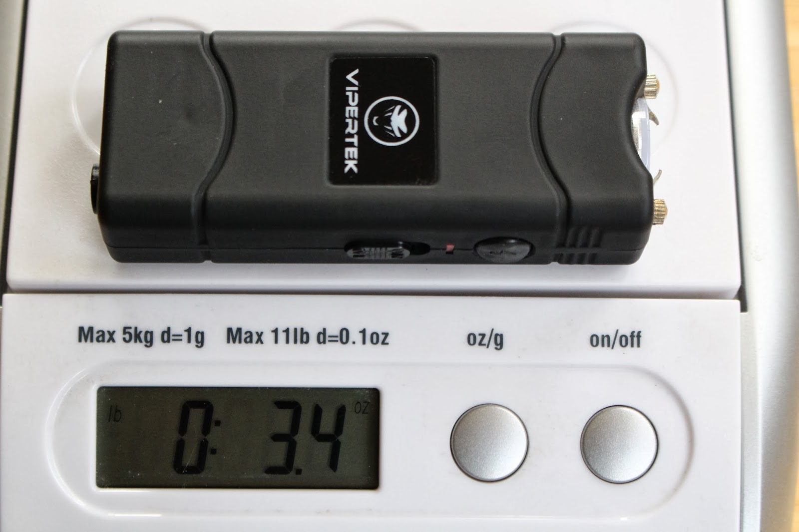 Vipertek VTS-881 On Scale