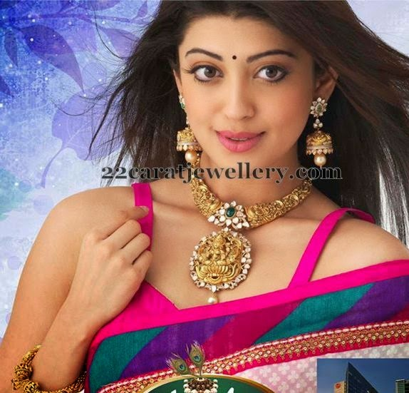 Actress Praneetha Lakshmi Nakshi Necklace