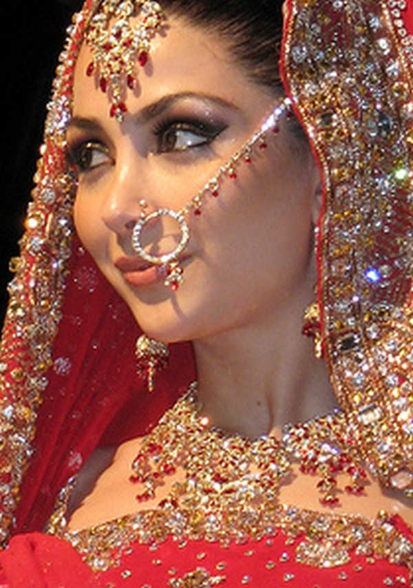 Welcome to Fashion Forum  Indian Bridal Nose Ring Nath  Collection