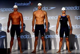 NATACIÓN-Presentación del bañador de Phelps para 2012
