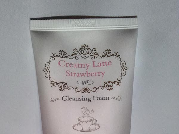 Missha - Cream Latte Strawberry