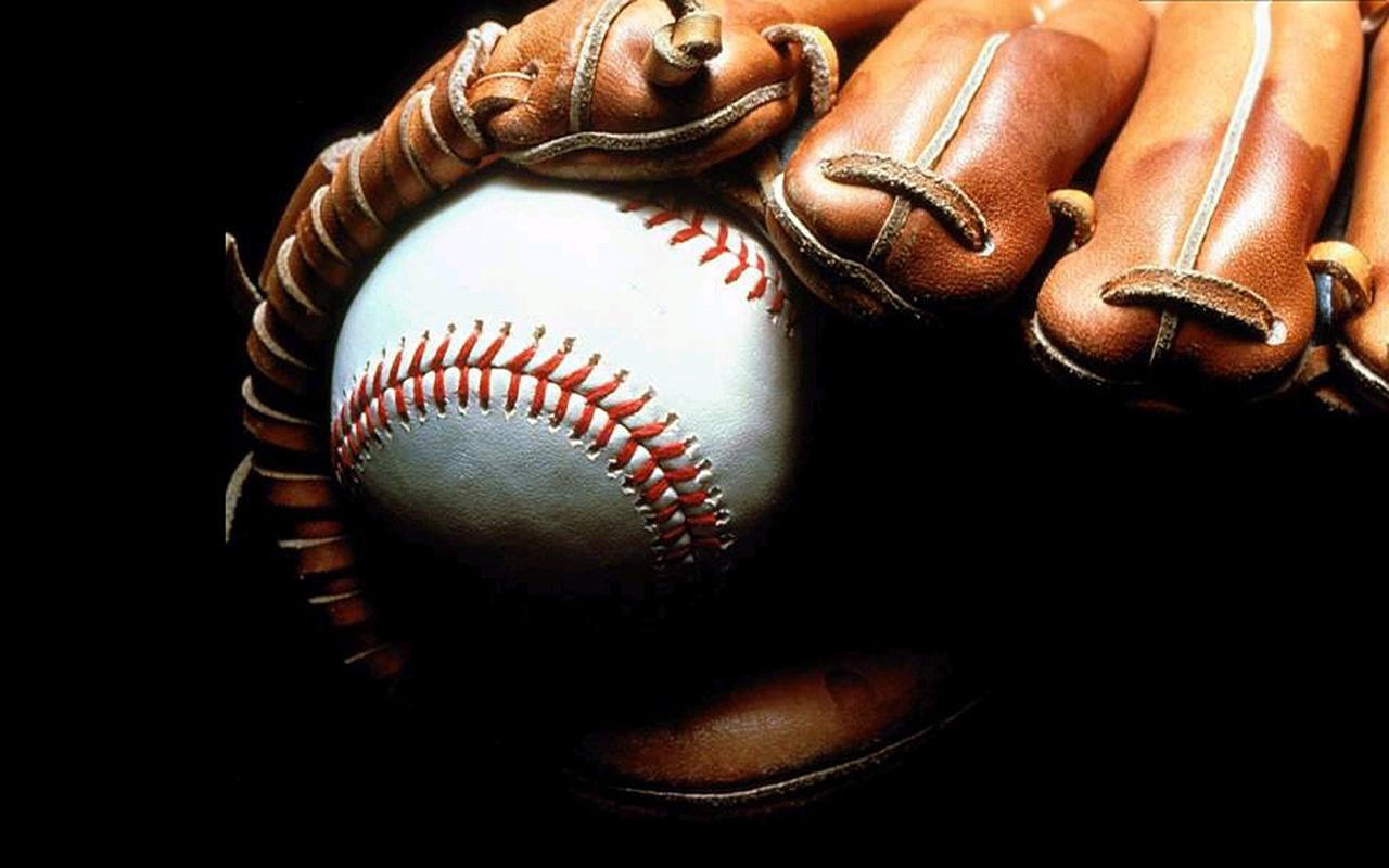 Free baseball powerpoint template