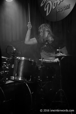Darlene Shrugg at The Silver Dollar Room January 15, 2016  Photo by John at One In Ten Words oneintenwords.com toronto indie alternative music blog concert photography pictures