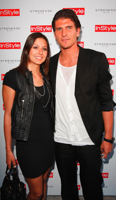 Mario Gomez with beautiful, Girlfriend Silvia Meichel