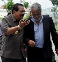 Xanana Gusmão – Gubernur Jawa Timur (Timor Leste – Indonesia)