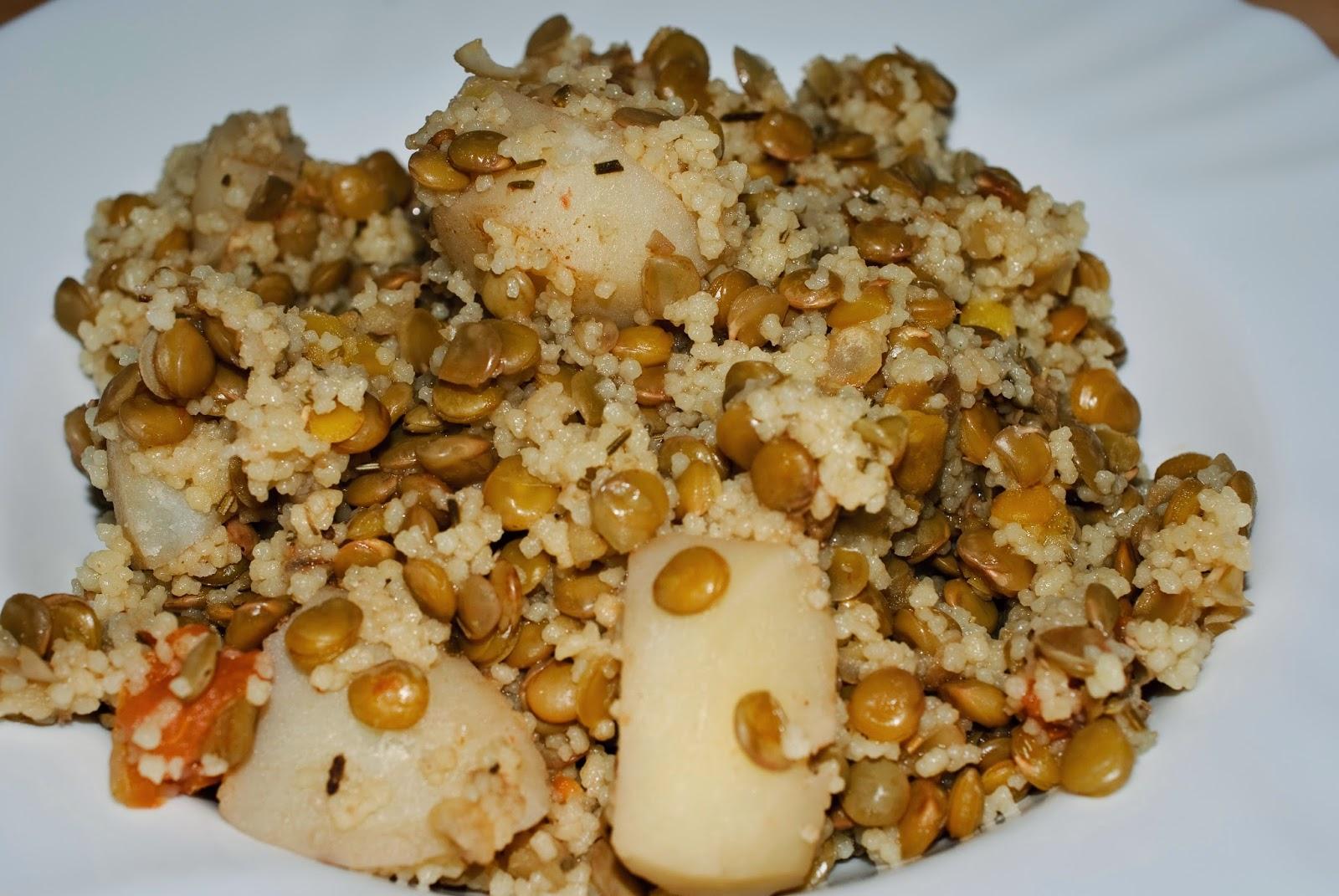 Lentejas con cuscús; lentils and couscous